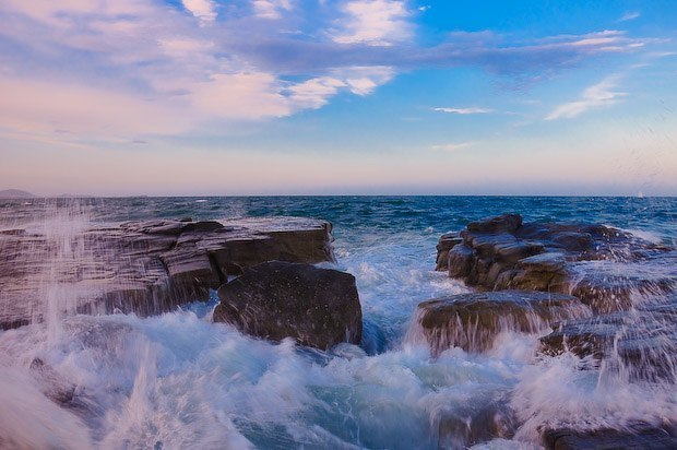 o0002-Ocean Meets Rock @ Sunshine Coast, Australia