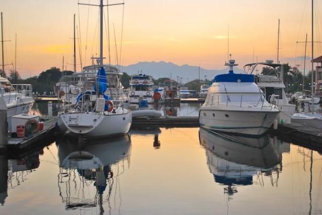 o0009-Subic Yacht Club