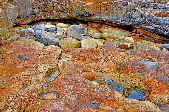 o0017-Sunken Rock on a Rock